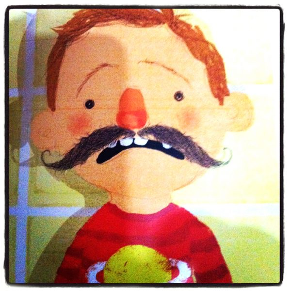 el niño con bigote int 1